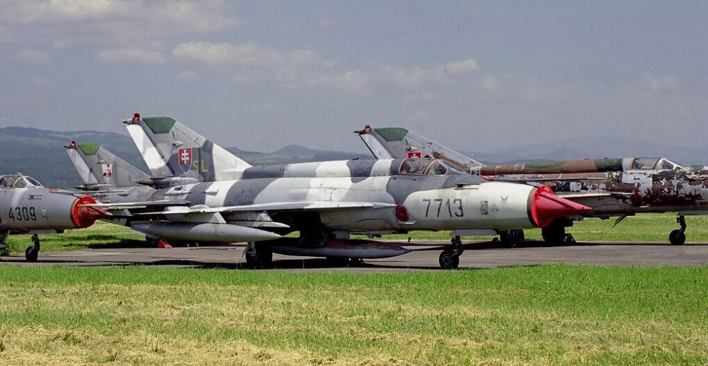 Slovak_Air_Force_Mikoyan-Gurevich_MiG-21MF_Kral-1