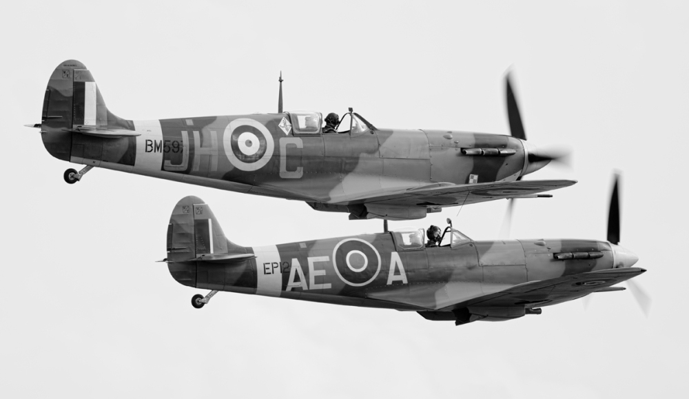 iwm-duxford-flying-legends-airshow-08
