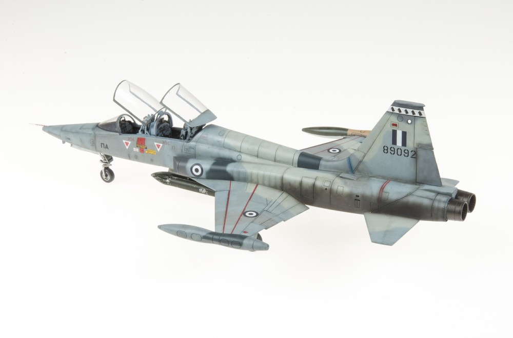 f-5b20freedom20fighter20-2-9-x2