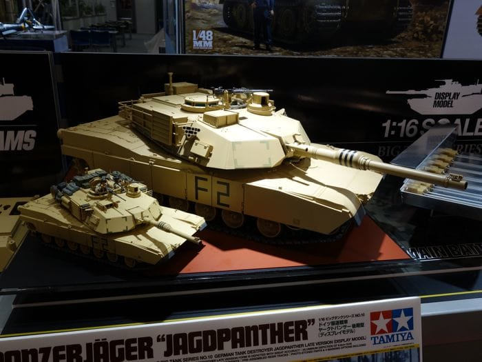 6 reasons 1/16 scale is just the worst – Doogs Models